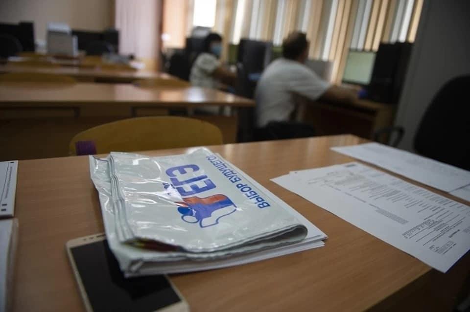 Петровские одиннадцатиклассники будут сдавать экзамен по информатике на компьютерах