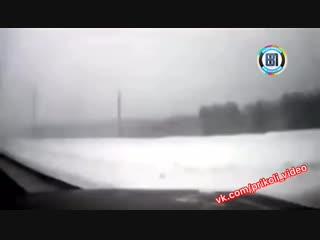 Американец vs русский на дороге