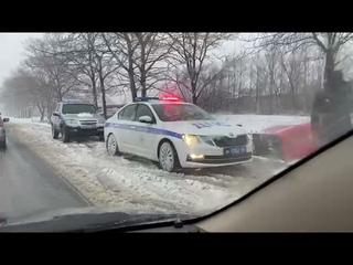 Двое человек пострадали при ДТП с участием междугороднего автобуса в Южно-Сахалинске