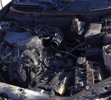 В Петровске около одного из домов на улице Шамаева загорелся автомобиль