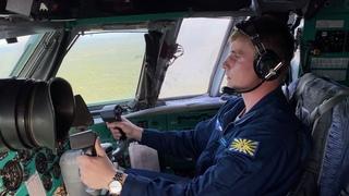 Курсанты КВВАУЛ за штурвалом Ил-76 в ходе летной практики в Псковской области