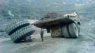 10 Extreme Dangerous Idiots Fastest Excavator Truck Fails, Heavy Equipment Machines Fails Working