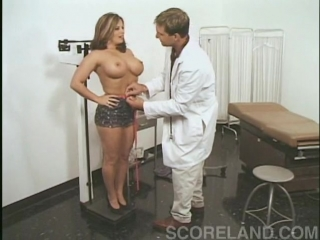 Гинеколог при помощи члена проверил киску Linda Friday, classic porno, Old School Porno, порно из 90ых, порнуха, porn, big ass