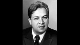 «Вы не сбылись» (муз. А.Даргомыжского, сл.Н.Языкова) исполняет Андрей Иванов.