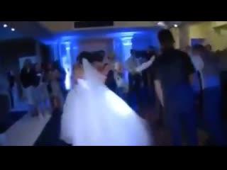 DNB Свадебный танец