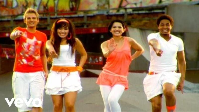 Cherona Rigga Ding Dong Song Videoclip
