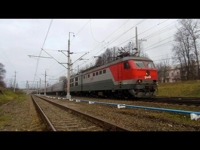 Электровоз ЧС6-020 с поездом №117 (СПб → Москва)