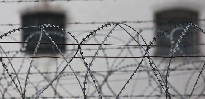 Заложник боевиков в Донецке порезал вены  из-за издевательств
