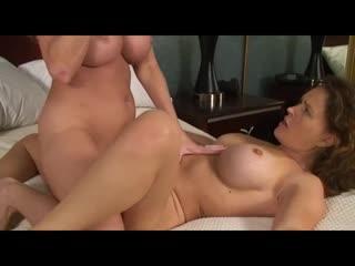 Amber Michaels vs Krissy Lynn