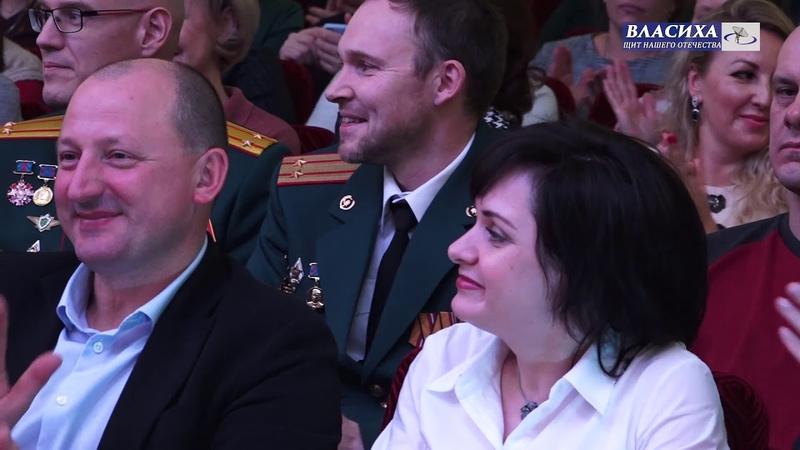 Глава муниципалитета А. Алябьев поздравил сотрудников ЦВКГ им. Вишневского с 57-летием