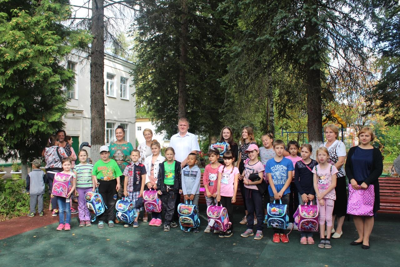 soberi-rebenka-v-shkolu