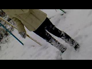 Как мы снежную Бабу лепили))
