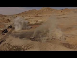 Беспилотник заснял разминирование российскими военными инженерами Пальмиры. (HD 720p.)
