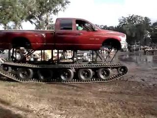 WayaLife 4x4 track buggy