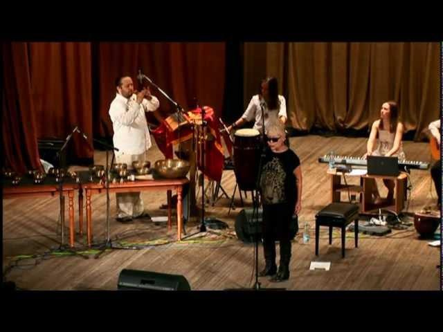 Sainkho Namtchylak ethno orchestra Alpha Co