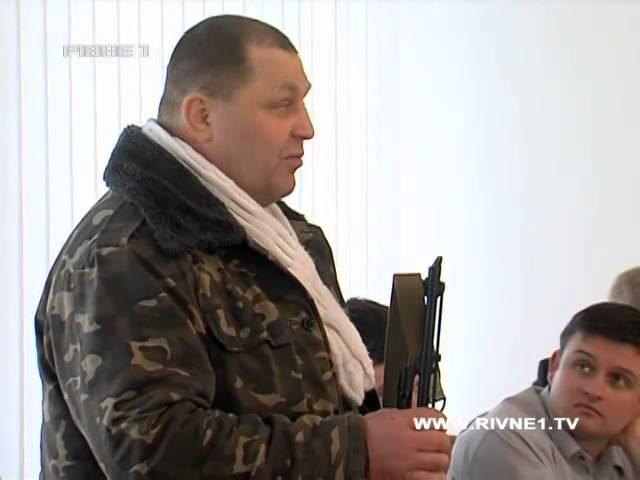Про що заявив Сашко Білий на Президії Рівненської облради зі зброєю в руках