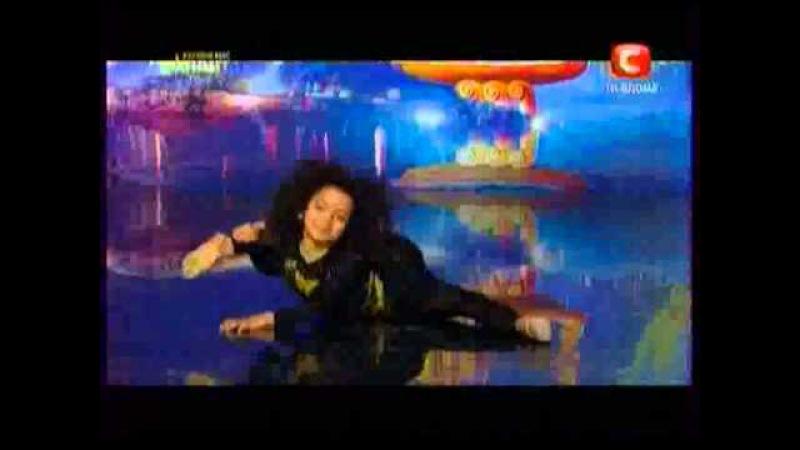 Украина мае талант 4 акробатка Эмелли mov