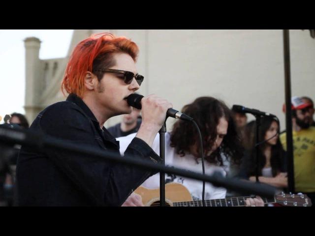98.7 FM Penthouse, Hollywood Tower, Лос-Анджелес, США, 21 января 2011 года