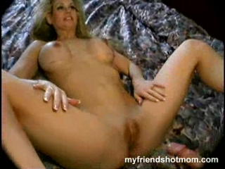 She cums on his cock