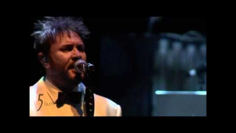 Duran Duran -Bond medley View to a kill live Coachella 2011