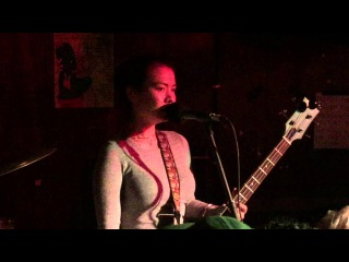 """Mitski Covers """"How Deep Is Your Love"""" At Stereogum x Exploding In Sound SXSW Party"""