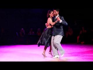 Christian Marquez y Virginia Gomez (Los Totis), La Milonga De Buenos Aires