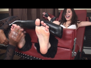 TickleAbuse- Sexy Sumiko Toetied