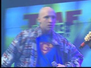 GABBERTJE (Ruben van der Meer aka Hakkuhbar) LIVE BIJ TMF AWARDS 1996