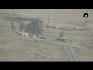 Сирия. Мухафаза Хомс. Район Пальмиры. ИГ с ПТРК против танка САА.