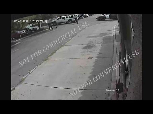 США полиция обнародовала видео расстрела афроамериканца