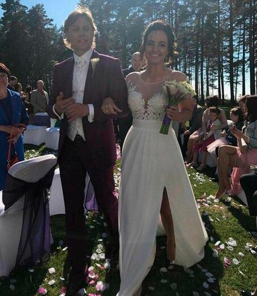 только дарья гордеева невеста карпина фото интересное то