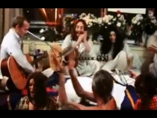 John Lennon & The Plastic Ono Band - Give Peace A Chance (1969)