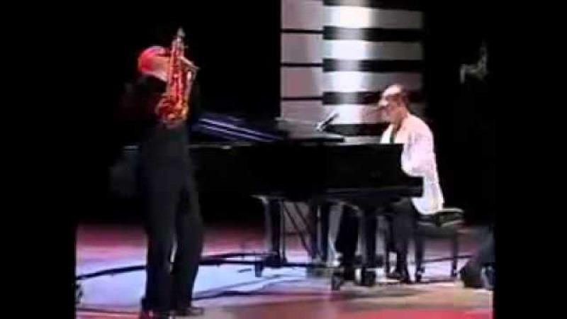 Raul Di Blasio and Richard Clayderman play Bebu Silvetti's Piano