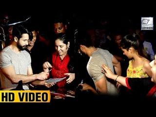 Shahid Kapoor's Sweetest Gesture Towards A Fan Waiting For Autograph | LehrenTV