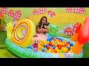 Kızoyunları Bebe Pepee'yi rahatsız gidelim çizgifilmoyuncakları ile eğlenceli video