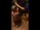 Родион впервые квасит капусту (часть 2)