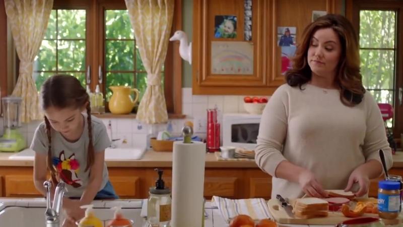 Американская домохозяйка трейлер сериал