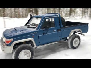 RC 4x4 Killerbody Toyota Land Cruiser 70 deep snow run