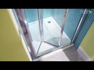 Aquafloe 760 Bi Fold Shower Door
