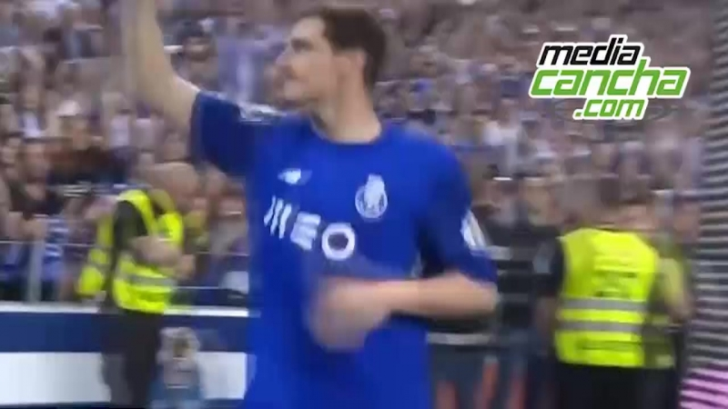 Casillas renueva por una temporada con el Porto