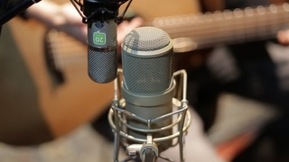 Lauten Audio Clarion & Neumann U57 on acoustic guitar