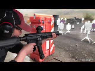 Как Киану Ривз стреляет в реальной жизни