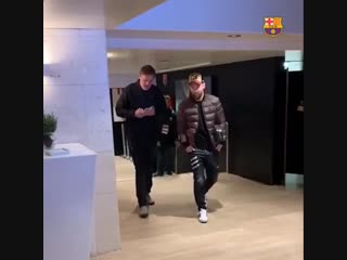 Camp nou - the players are here! - let's do this, lads! - forçabarça .mp4