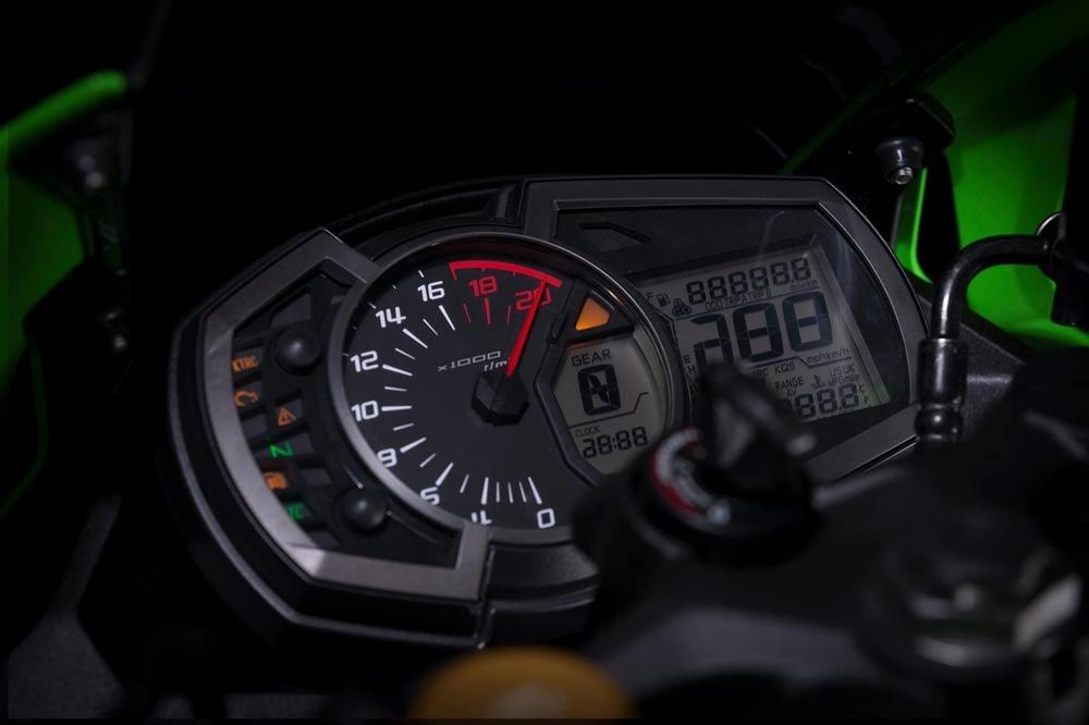Kawasaki Ninja ZX-25R сможет раскручиваться до 17 000 об/мин