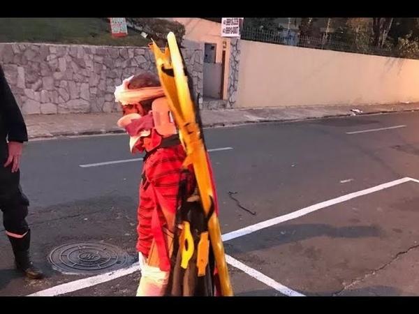 Homem foge de hospital com maca preso ao corpo no Paraná