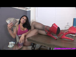 Jasmine Mendez - Supreme Money Goddess!