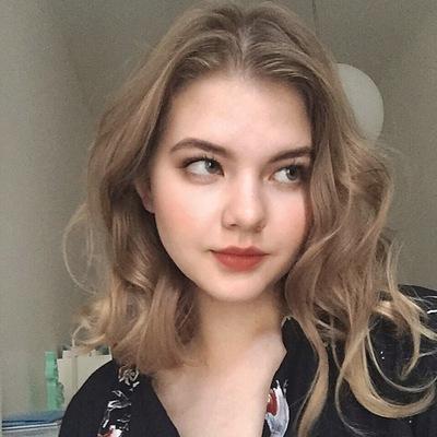 Anya Pristupa | VK