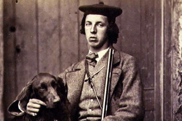 Льюис Кэрролл Льюис Кэрролл появился на свет в деревушке Дарсбери в английском графстве Чешир 27 января 1832 года. Его отцом стал приходской священник, он же занимался образованием Льюиса, как и