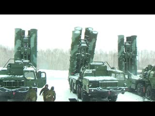 На Камчатке комплексы С-400 в ходе учения отразили атаку самолётов условного противника