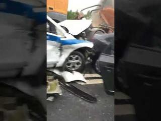 Последствия сильного ДТП у поселка Разницы на Мурманском шоссе.